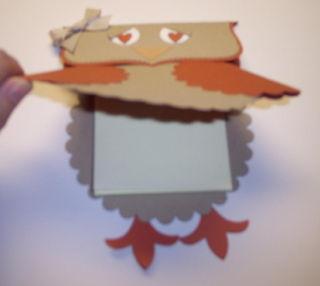 Owl_post-it_holder_inside_smaller