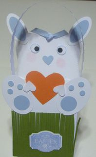 Easter-bunny_boxes-baskets_blue