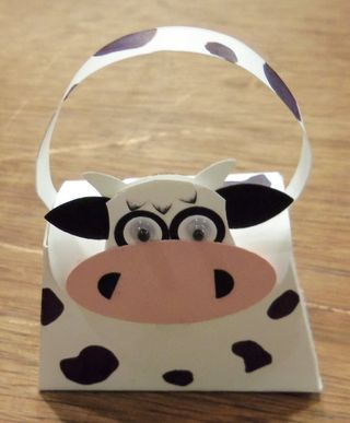 Monday-shoebox-swap_cow-front