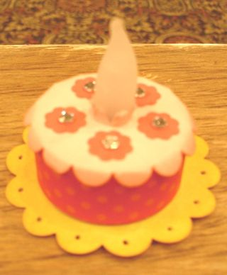 Lns_reunion-nite_7-17-12_cake-candle
