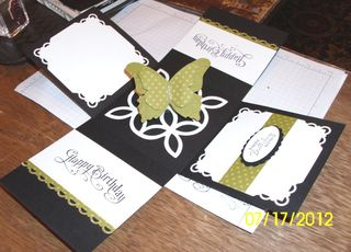 Lns_stamp-fair-project_fold-up-box_inside_spring-up-butterfly