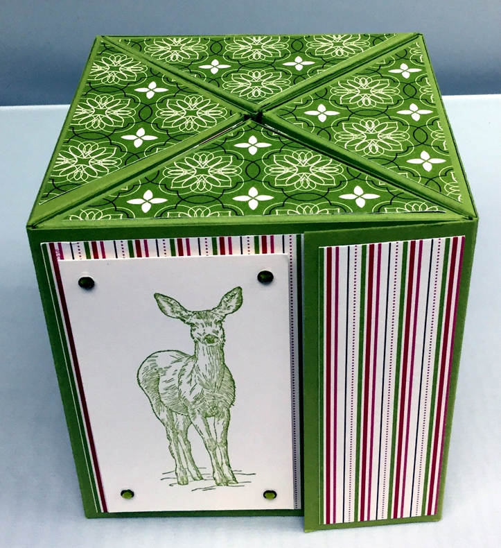 Square-roll-up-gift-box_26
